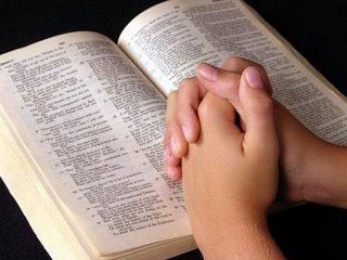 Кому молиться при беременности