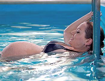 беременность и плавание